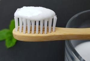 Zahnpasta mit 3 Zutaten selber machen