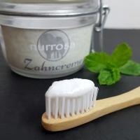 Zahnpasta selber machen ohne Fluorid und Mikroplastik
