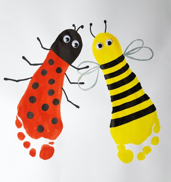 Fußabdruck Biene und Marienkäfer