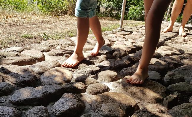 barfuß laufen für gesunde Füße!