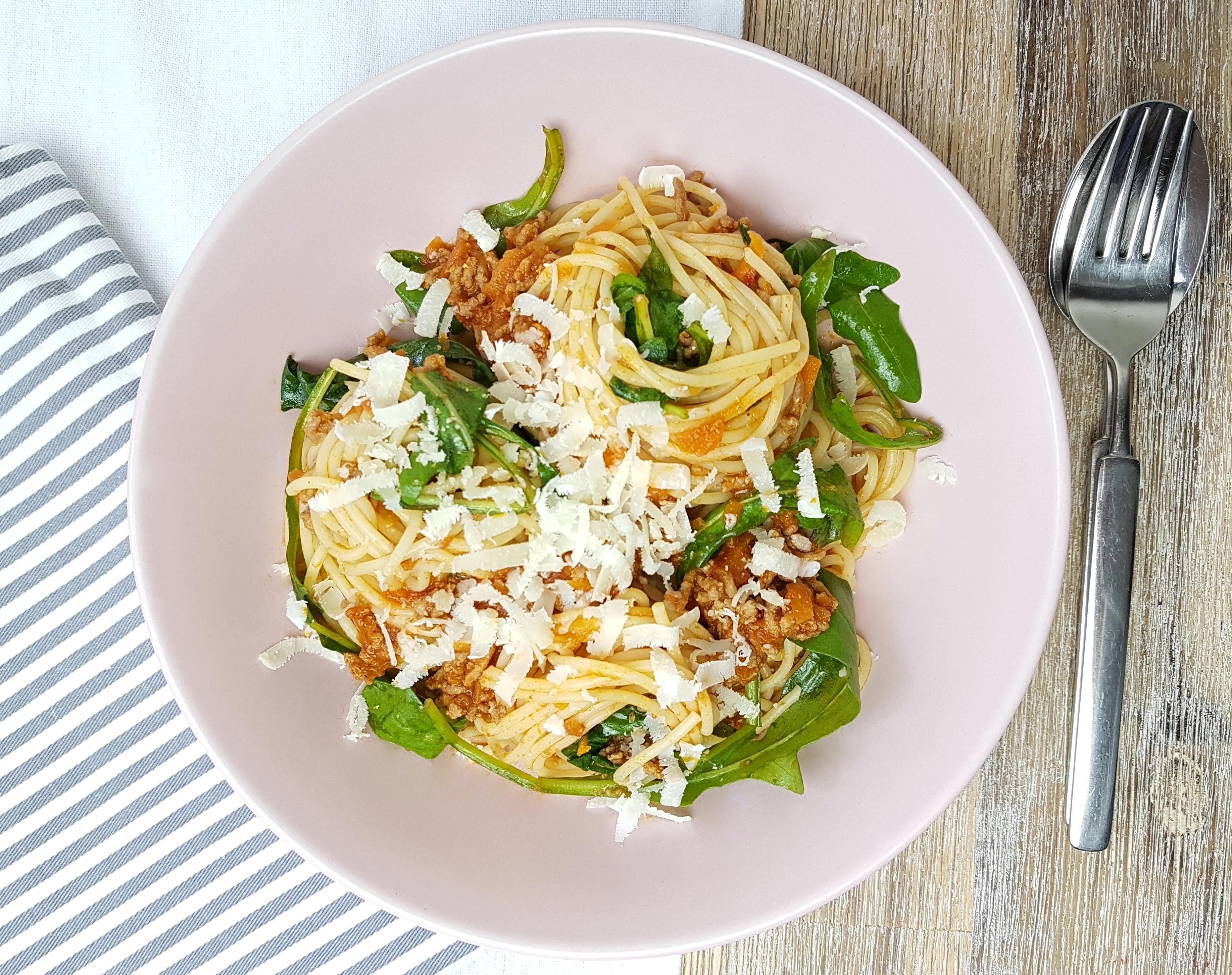 Spaghetti Bolognese mit Rucola Rezept