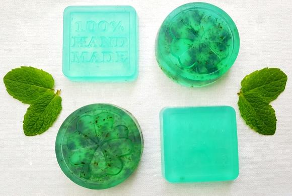 Pfefferminz-Seife einfach selber gießen DIY